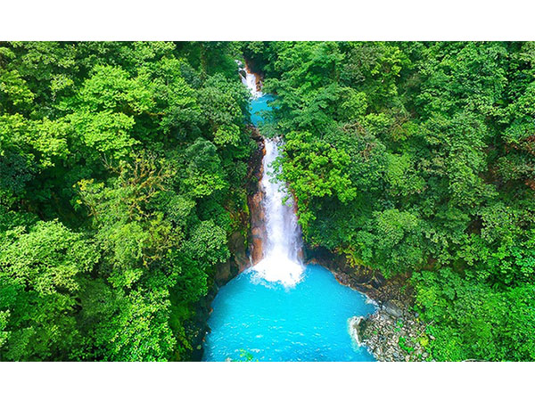 Costa Rica's Rio Celeste Waterfall